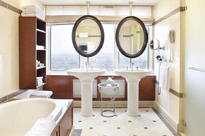 Hotel Okura Amsterdam Executive Junior Suite Bathroom