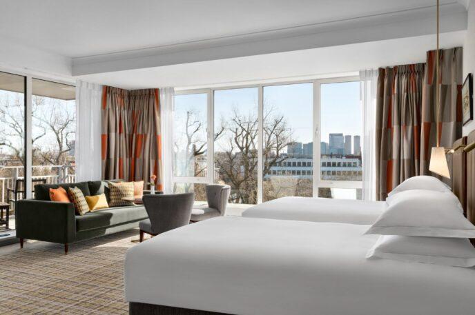 Luxury-Hilton-hotel-Amsterdam-2