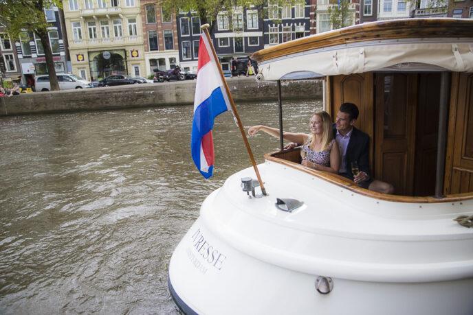 Romantic-cruise-amsterdam