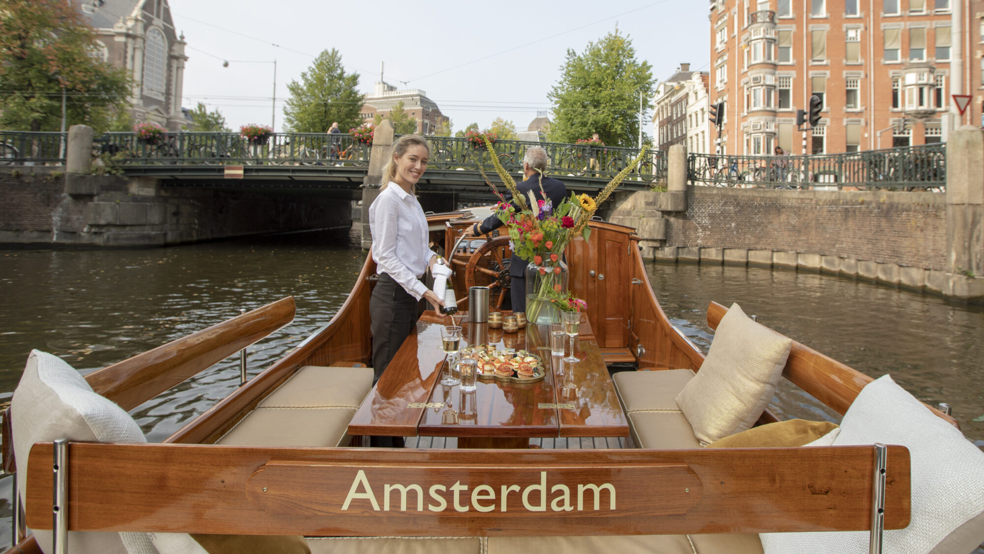 private-canal-cruise-Amsterdam-2021