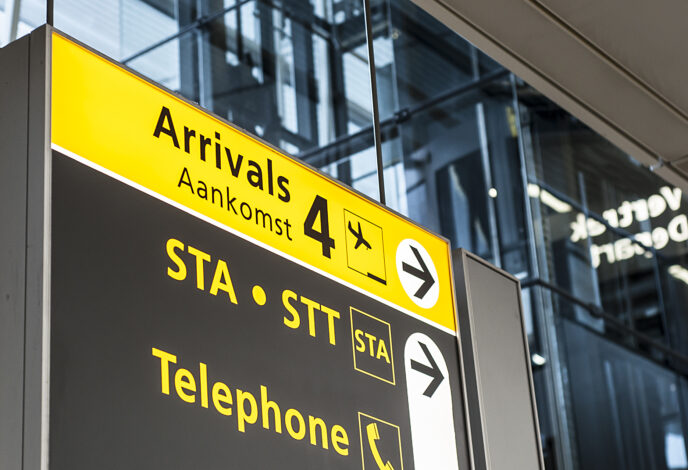 travel-service-amsterdam-airport-schiphol