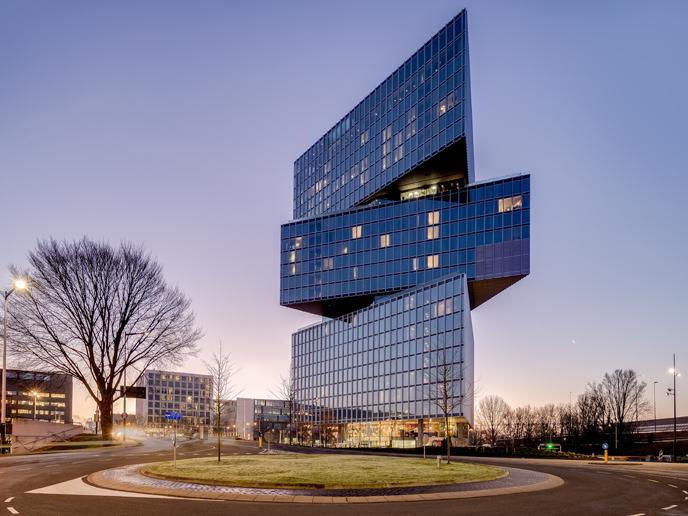 Hotel-nhow-Amsterdam-rai-outside