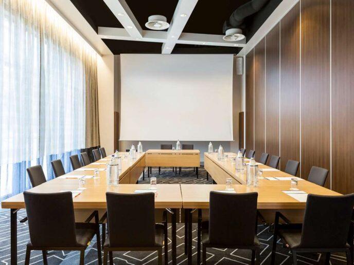 meeting-room-novotel-Amsterdam