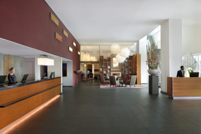 Mövenpick Amsterdam center hotel